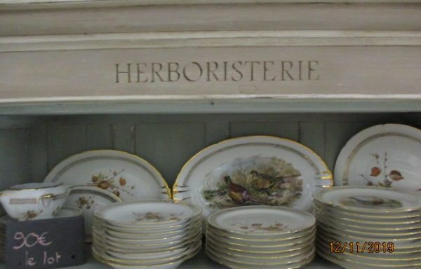 Lot de service véritable porcelaine